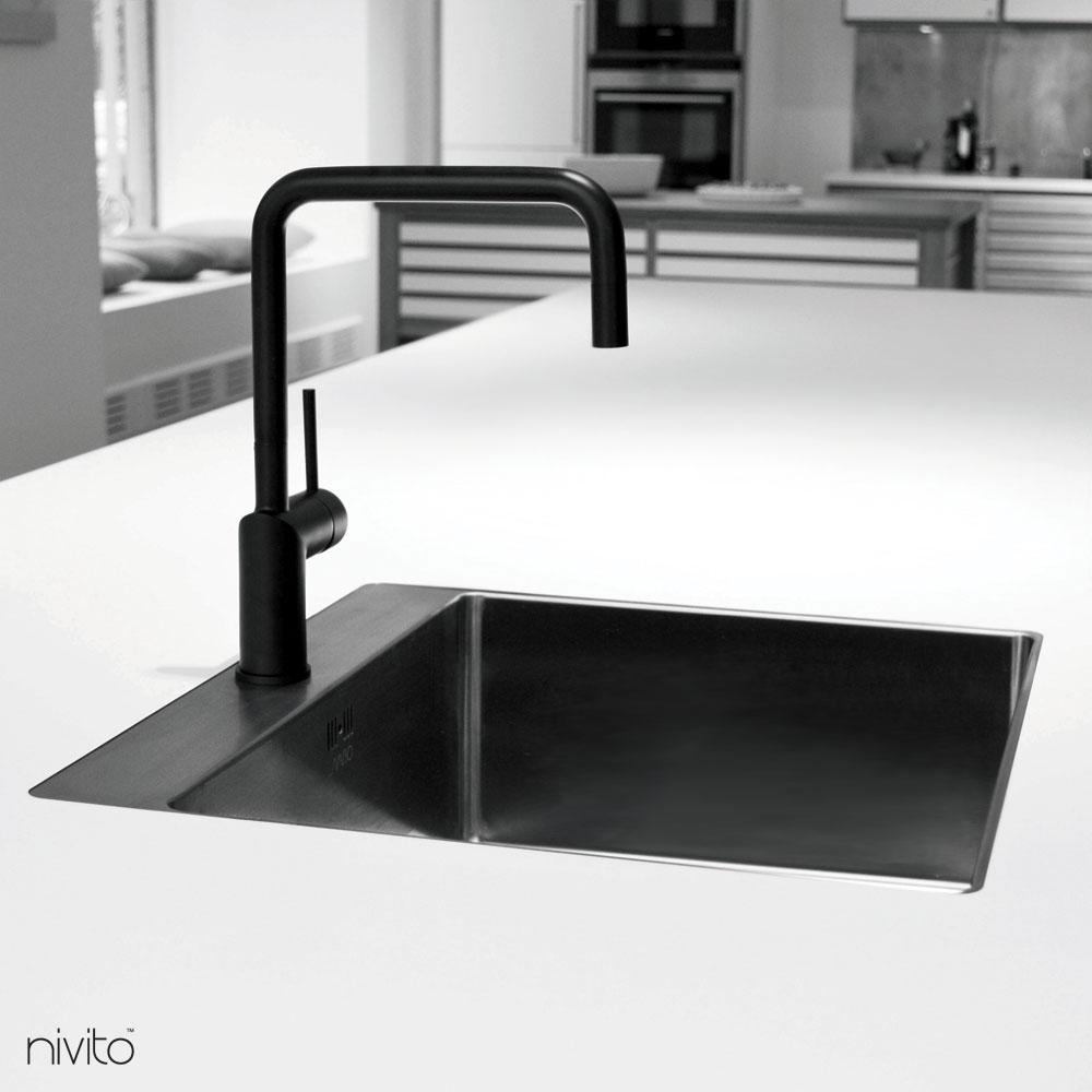 Black faucet single handle