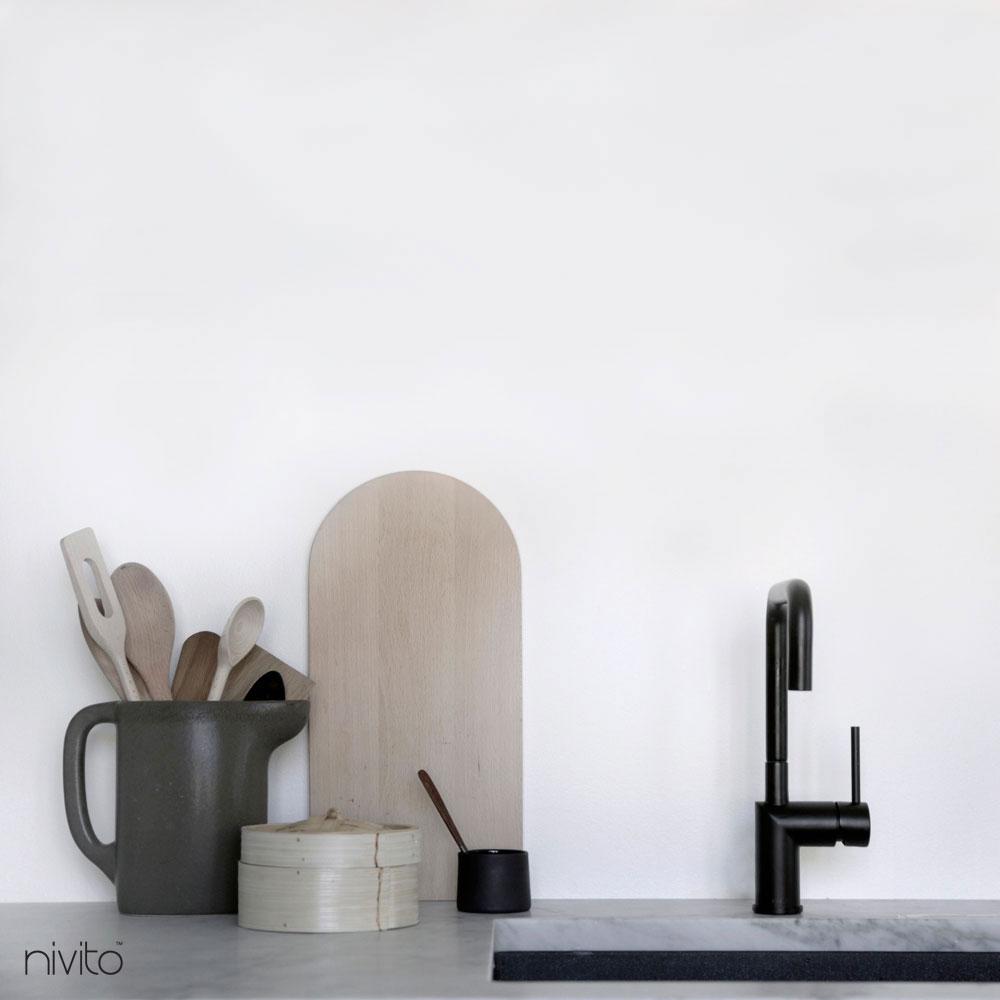 Kitchen single hole faucet black